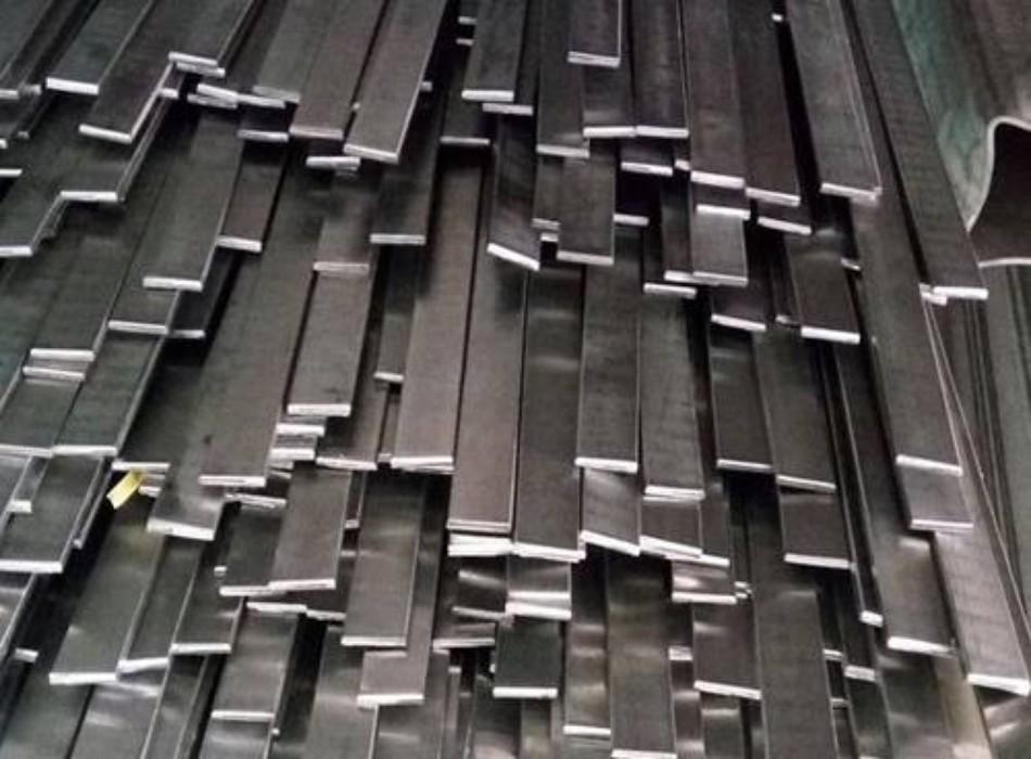 Có đa dạng kích thước chất liệu sản phẩm inox được bán tại Kim Phát